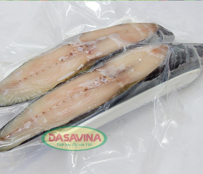 Cá kho Bá Kiến dày thịt, tươi ngon